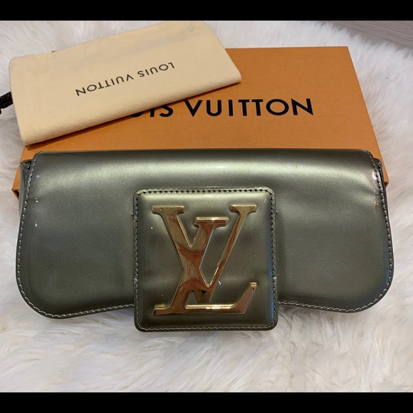 Louis Vuitton Handbags - Louis Vuitton Monogram Vernis Leather Sobe Clutch